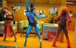 Яркие танцы на стенде компании Knauf